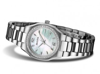 https://www.steelsjewelry.com/upload/page/page_product/1444943903bulova-diamond.jpg