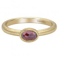 Lady's Yellow 14 Karat Fashion Ring With One Oval Garnet
