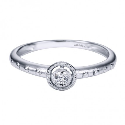https://www.steelsjewelry.com/upload/product/er4105w45jj_130-00911.jpg