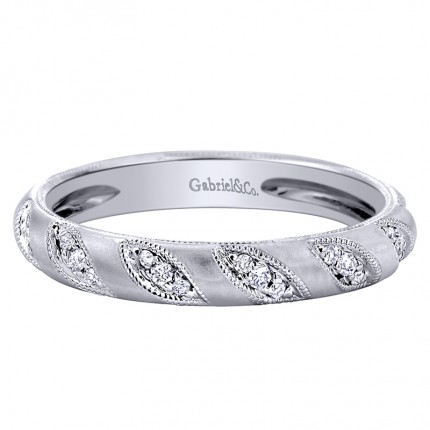https://www.steelsjewelry.com/upload/product/w-4922d4_130-00626.jpg